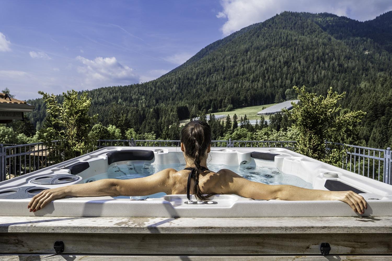 Albergo Cavallino Bianco a Rumo. L'hotel nel cuore della Val di Non, e nel cuore dei suoi ospiti!